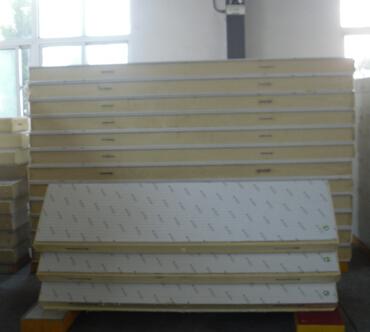 天津红旗冷库保温板 聚氨酯冷库板厂家 隔热保温 高压发泡