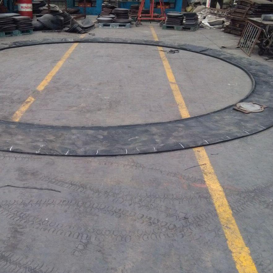 地铁盾构法施工洞门始发密封装置包括洞门预埋钢环板帘布橡胶板扇形翻板圆环板压板配套螺栓组成
