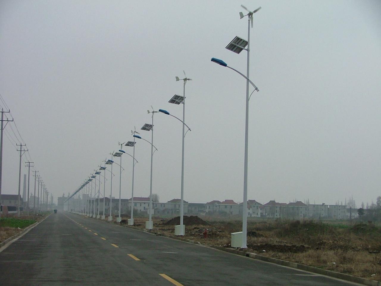路灯工厂长期供应各种新能源太阳能路灯,led太阳能路灯,价格低,质量好图片
