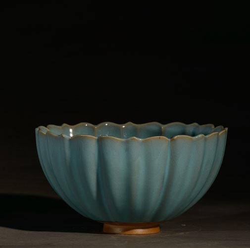 莲花碗-元钧 原件藏于故宫博物院 釉色通体天青 现代艺术手工创意、收藏