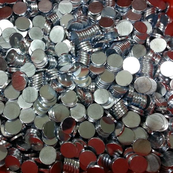 供应铁氧体 玩具磁铁 汽车天线磁铁D15X5