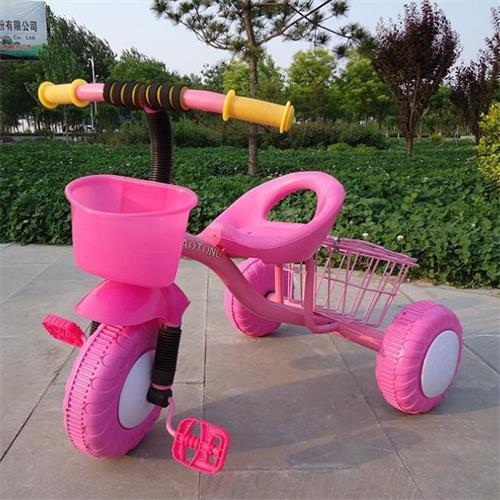 潮童品牌儿童三轮车带后铁篮