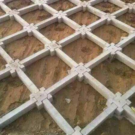 水利护坡模具厂家研发 水渠护坡模具结构分析