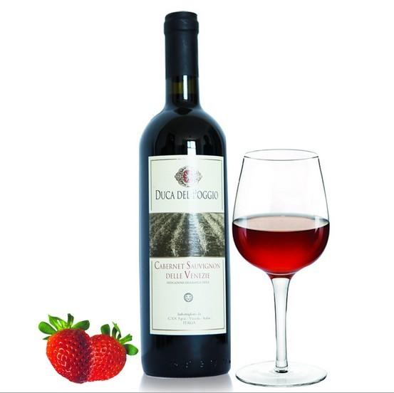 意大利进口红酒图片