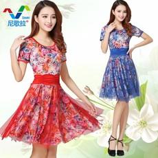 广场舞服装新款套装春夏季中老年修身长袖短裙练习演出民族风舞蹈