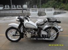 厂价供应长江750仿古边三轮摩托车