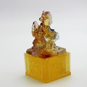 精美绝仑琉璃厂直供古法琉璃马年礼百财吉祥 琉璃马摆件2017新款