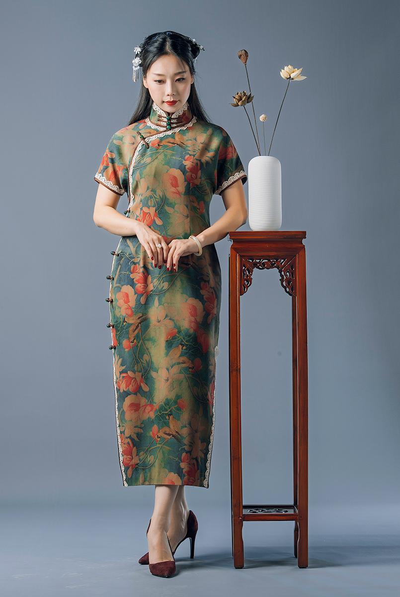 锦时工坊  海棠春色  50姆米重缎香云纱开襟旗袍