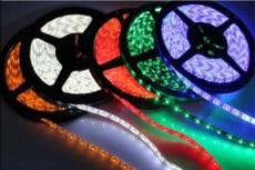 厂家直销5050led低压12V柔性软灯带/三安芯片/60灯三晶暖白 高亮/吊顶、室内外装饰