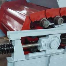 轻型板式喂料机工作原理与结构特性