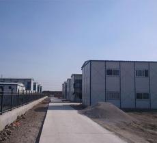 山东潍坊低价环保新型出口保暖防火彩钢活动房 价格便宜 质量好