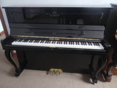 英昌E-118二手钢琴
