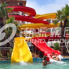 广州潮流专业供应水上游乐设备--螺旋滑梯
