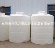 厂家供应:养殖用环保储水罐 立式无菌滚塑水箱 防腐蚀双氧水储罐
