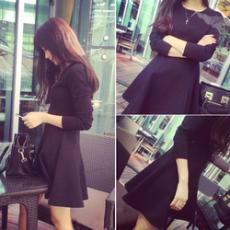 韩版显瘦打底圆领蓬蓬连衣裙
