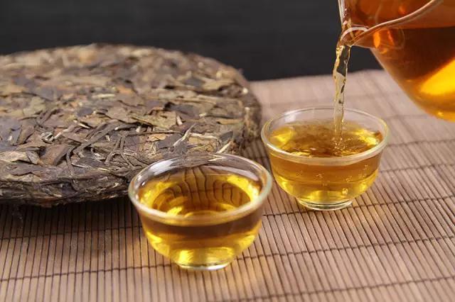 明前龙井茶进入大规模采摘期售价与去年持平