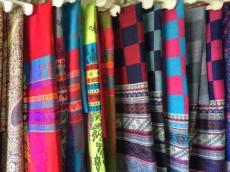 供应多款花色西藏纯羊绒披肩围巾
