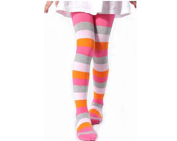 儿童连裤袜穿着讲究