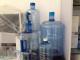 云南纯净水生产设备昆明桶装水桶PC水桶PET矿泉水瓶昆明瓶盖瓶坯厂家销售