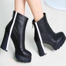 2014新款潮流马丁靴 女靴子 粗高跟圆头真皮短靴 时装靴