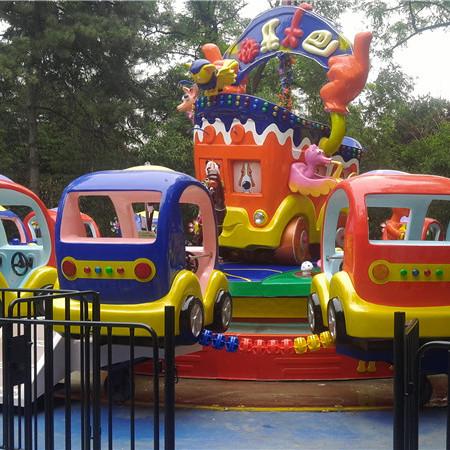【厂家直销】迪士尼陆地室内室外快乐大巴 旋转喷水射击成人儿童游乐设备
