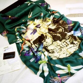 供应 真丝绸缎款蜻蜓骷髅贵妇人时尚高贵优雅充满活力春夏必备