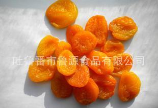 杏干 新疆杏干去核 树上杏干