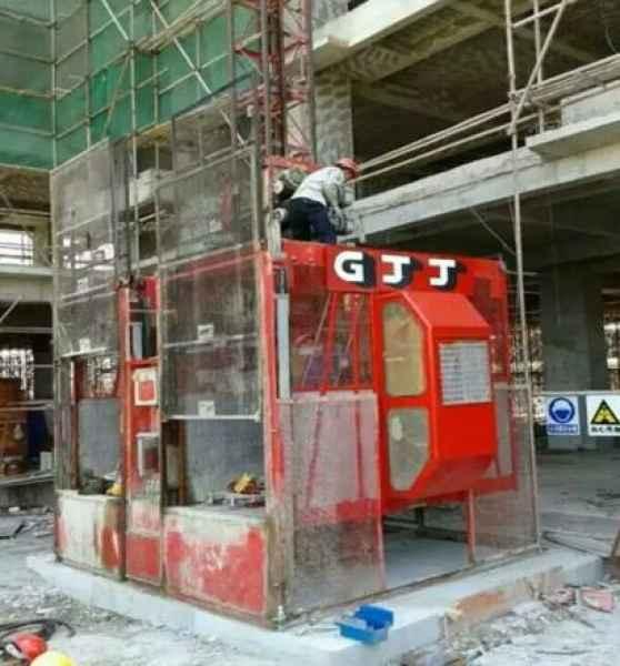 广州施工电梯租赁商