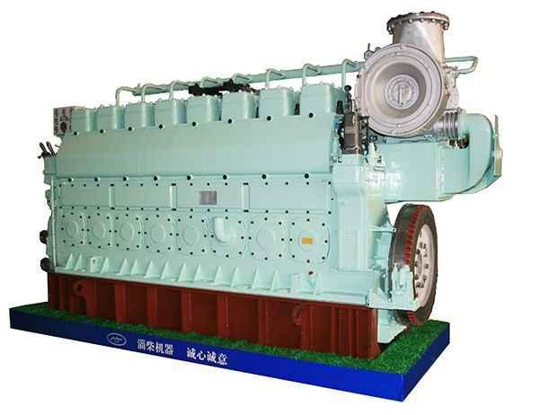 8250船用柴油机