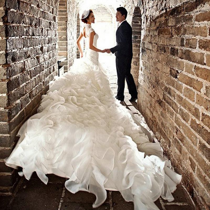 影楼主题服装展会新款白色奢华大拖尾情侣外景婚纱摄影服装n135
