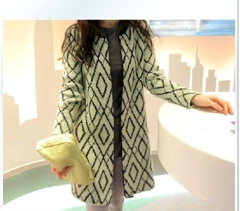 2013秋冬新款韩国时尚甜美中长款菱形花纹针织衫开衫毛衣外套98160
