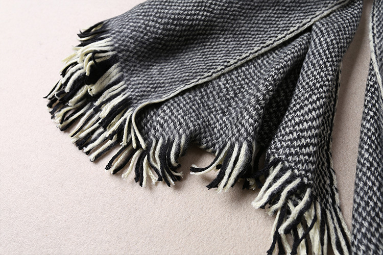 韩版冬季新款时尚保暖百搭长方形披肩拼色针织流苏情侣款毛线围巾