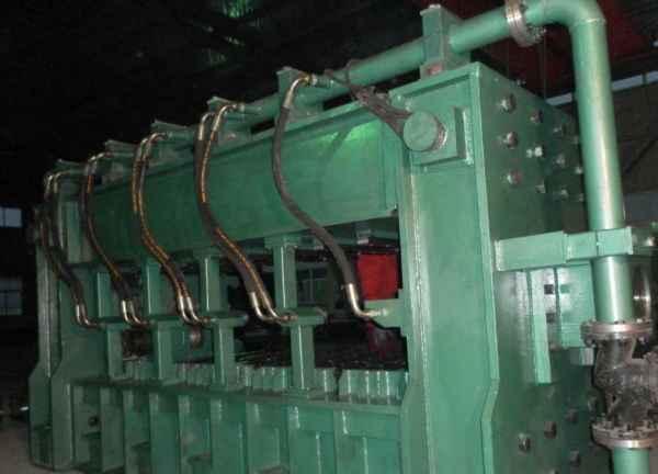 无缝钢管定径机