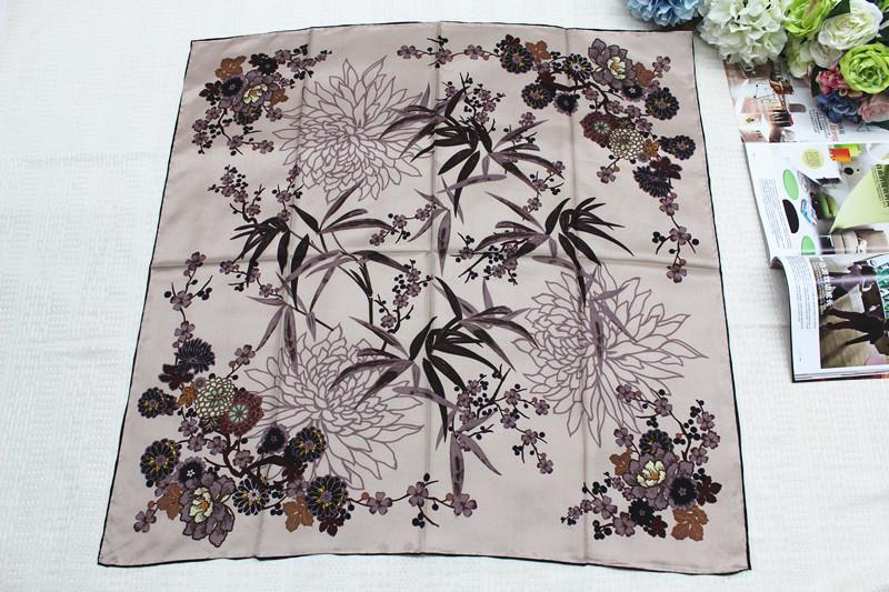 100%真丝斜纹绸90公分方巾14姆米欧美时尚品牌方巾四君子系列