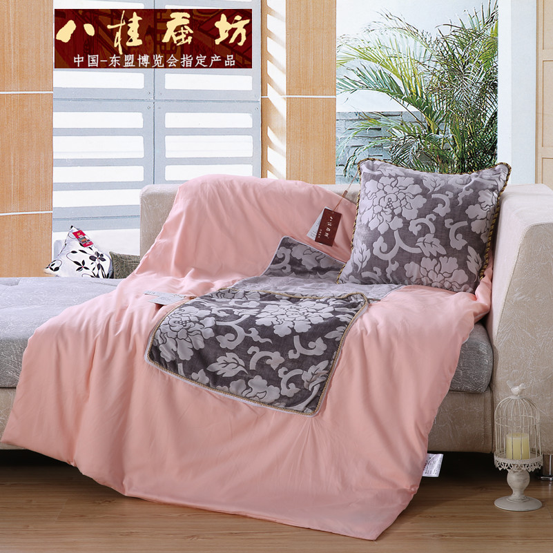 八桂蚕坊蚕丝抱枕床头靠枕儿童靠垫靠背含芯午睡趴睡枕小车抱枕0