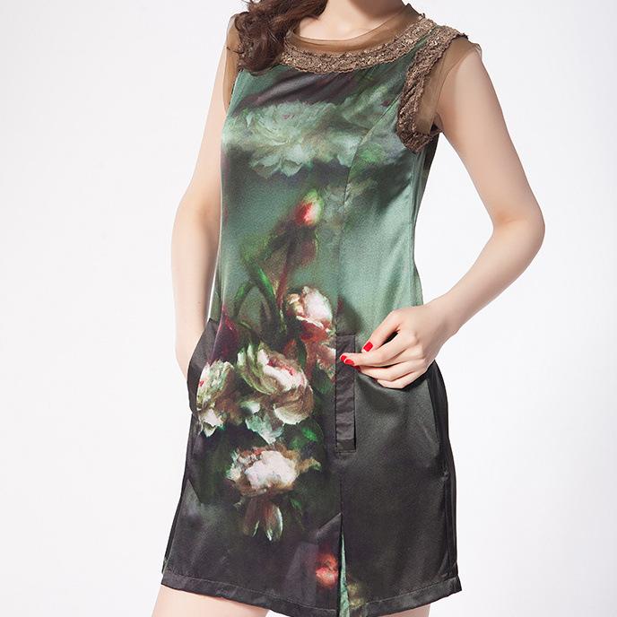 【现货】真丝弹力缎数码印花 数码印花面料 定位花连衣裙上衣面料