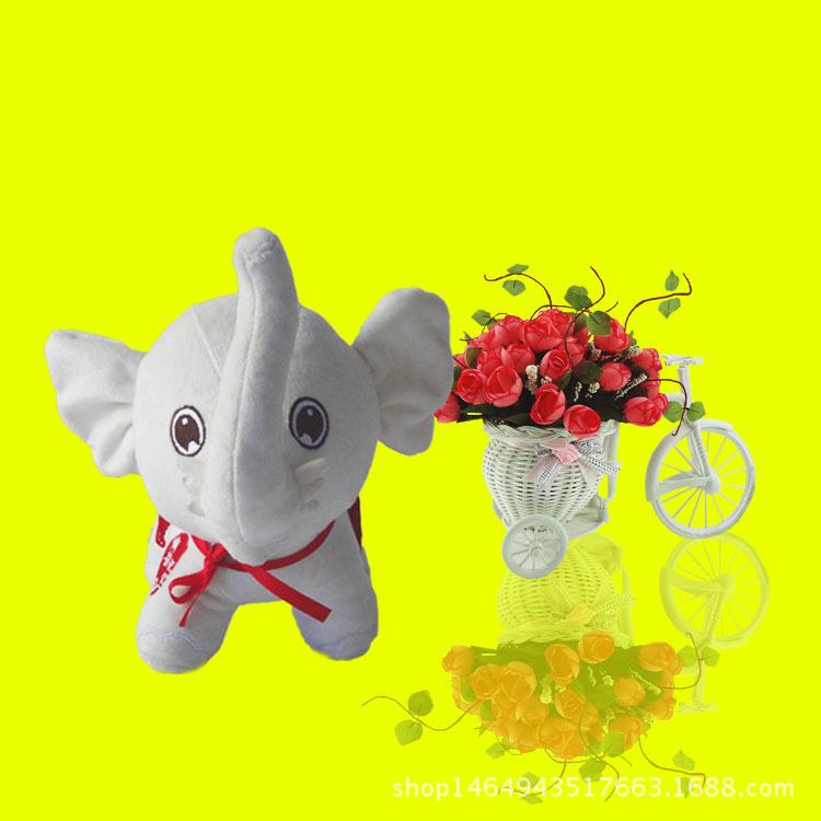 可爱毛绒玩具小白象