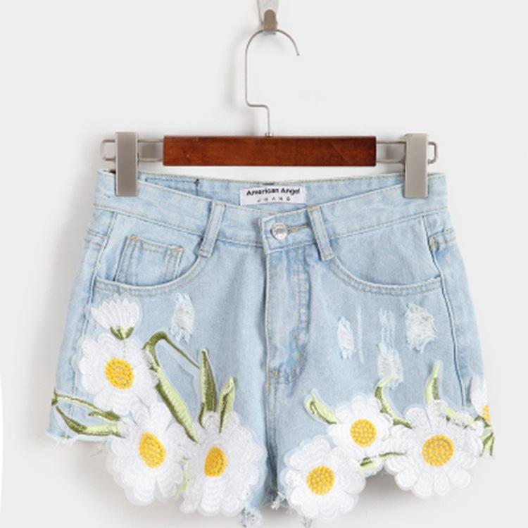 2016女装夏季新款小清新雅致刺绣花朵磨破牛仔短裤女 工厂直销