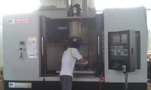 本公司承接各类精 高精密零件数控车床 加工中心等机加工