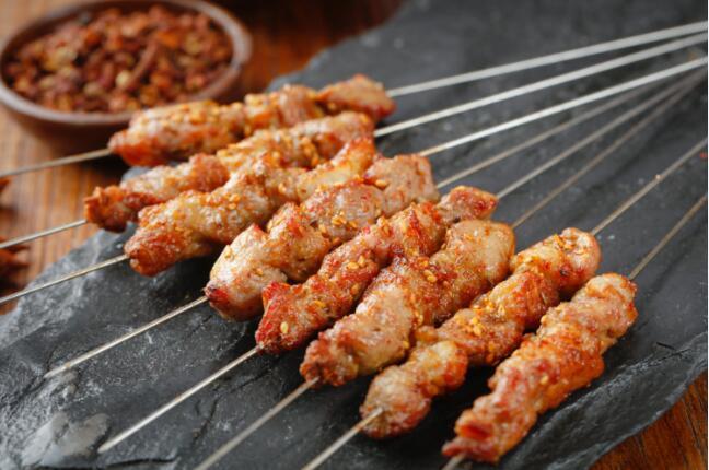 串姐东兴 羊肉串 羊肉串厂家 羊肉串批发 烧烤半成品批发 烧烤半成品厂家 烧烤串品批发