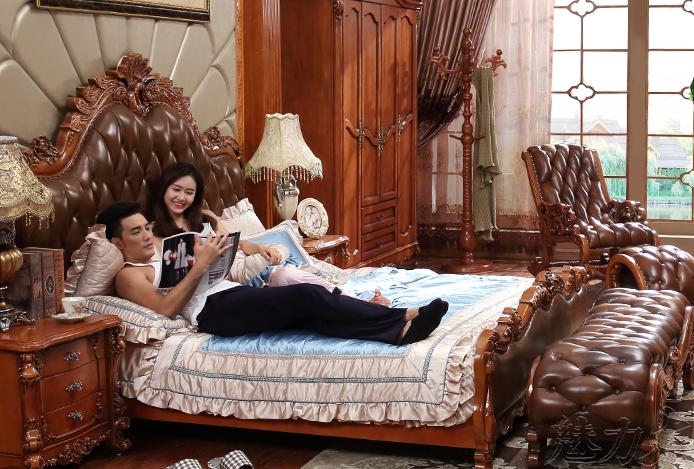 欧式实木床孔雀雕花1.8米2米婚床新卧室家具美式真皮床