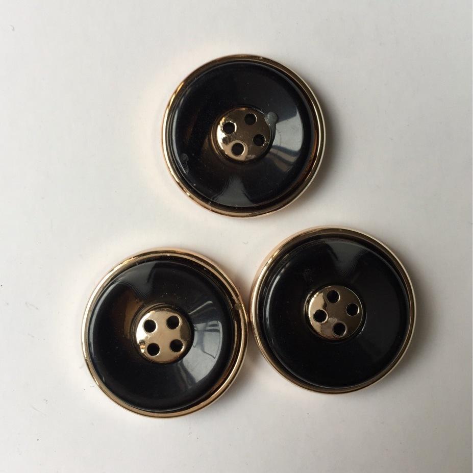 供應 高檔樹脂鈕扣