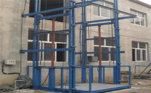 液压式升降货梯公司_江宁液压式升降货梯_锐可升降机