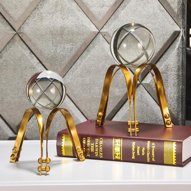 供应 欧式精致水晶球 黄古铜色五金摆件 书房装饰水晶工艺品