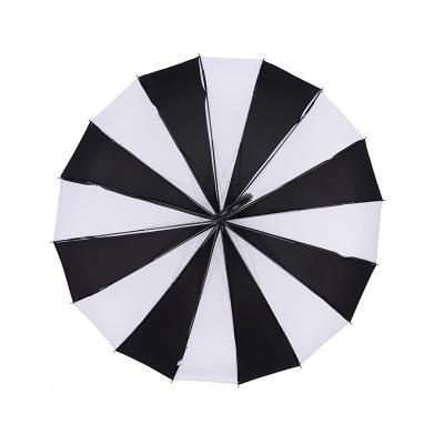 黑白条纹长柄宝塔伞 创意清新直杆弯柄摄影伞 复古清新背景伞厂家
