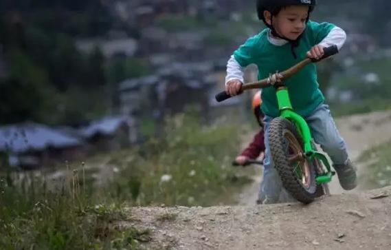 儿童骑行好处多多,你知道吗?