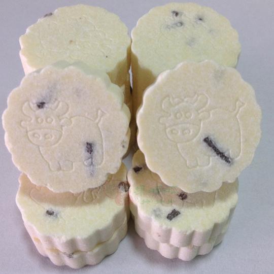 牛初乳奶片巧克力味300g休闲零食新疆特产