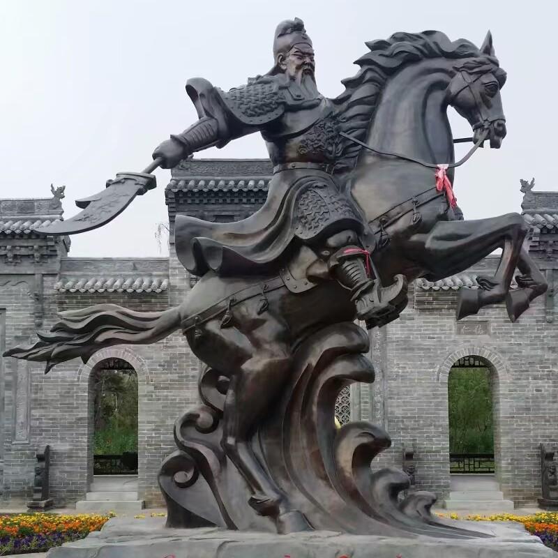骑马关公铜雕塑