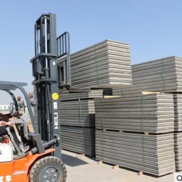 供应 环保新型轻质隔墙板 保温隔热隔音墙板 硅酸钙板现货直销