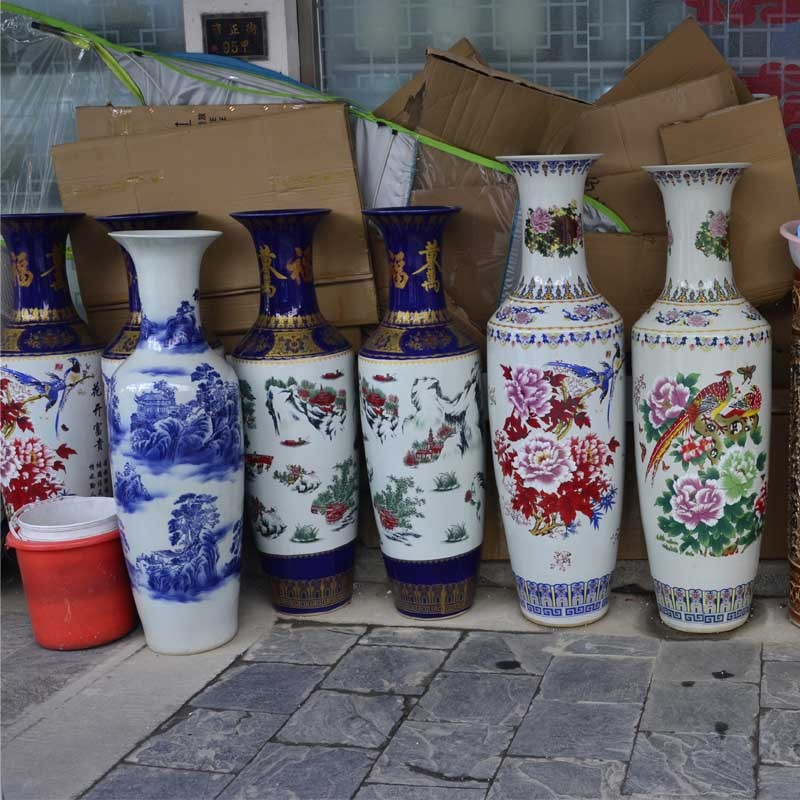 孔雀落地花瓶白色收礼品玉器瓷器